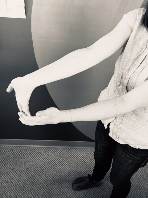 Workplace exercise - Forearm flexor stretch